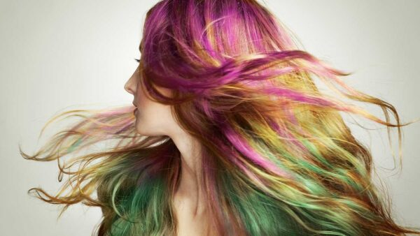 3 Simple Ways to Temporarily Change Your Hair Color